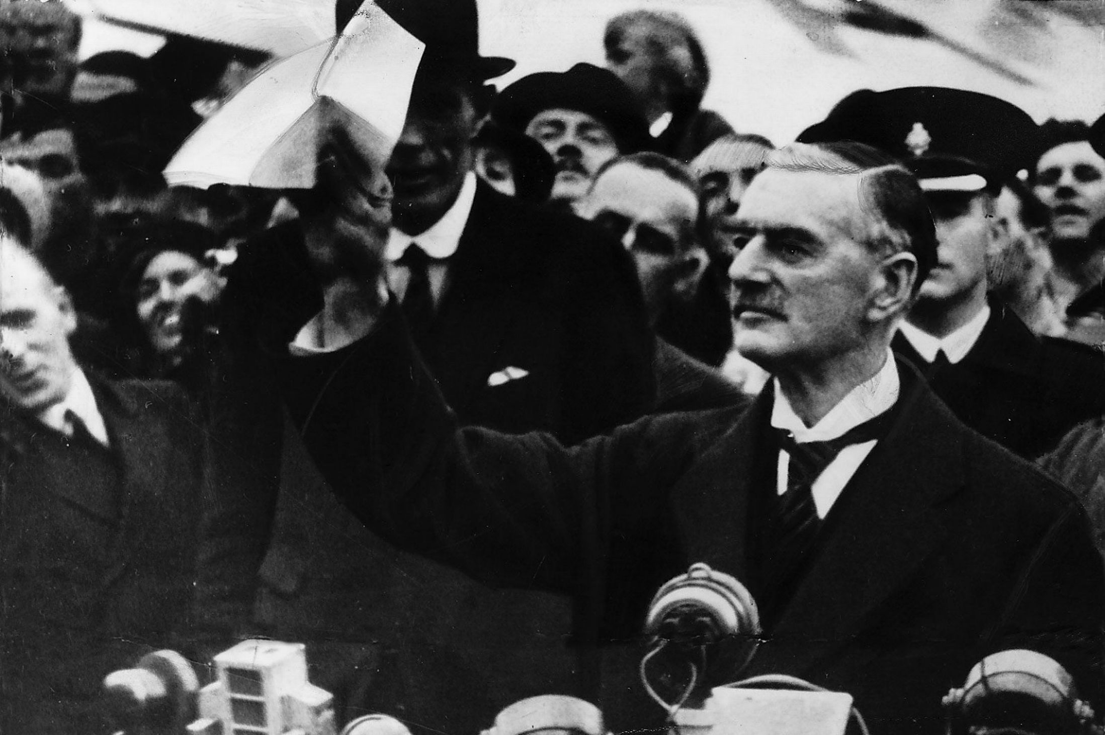 neville chamberlain s policy of appeasement between Although it is difficult to change the word's connotations, appeasement, from a position of strength, should also be seen as a means to avoid conflict see also annexation chamberlain, neville churchill, winston conflict foreign policy hitler, adolf keynes, john maynard negotiation strategy war war and peace.